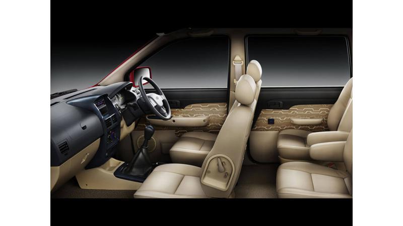 Chevrolet Tavera Photos Interior Exterior Car Images 10467
