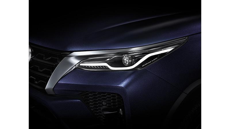 Toyota Fortuner Photos