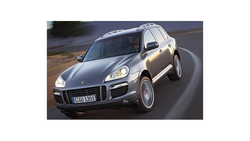 New Porsche Cayenne Hybrid in India
