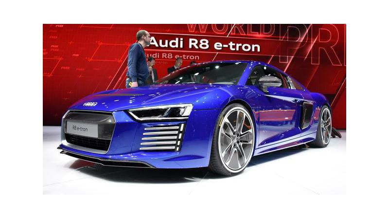 Audi R8 E-Tron - Supercar with Self-driving Technology
