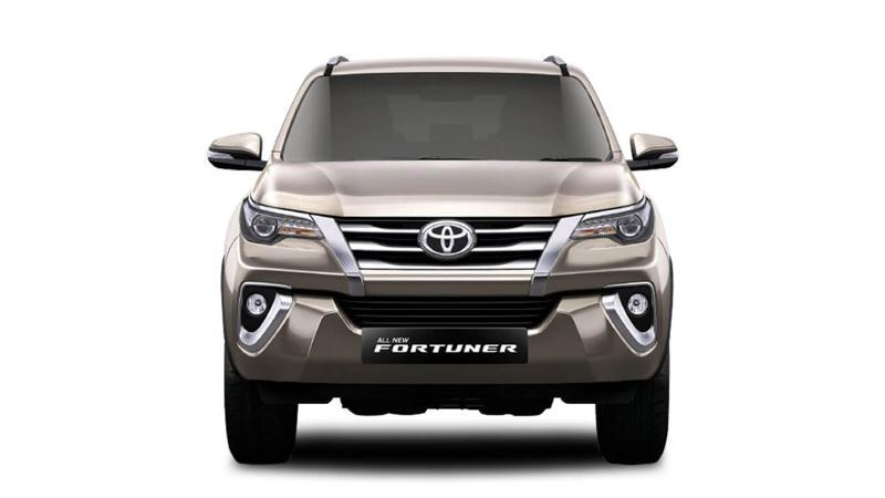 Toyota Fortuner Photos Interior Exterior Car Images Cartrade