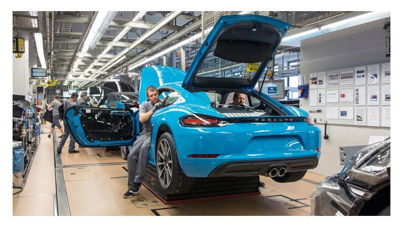 2017 Porsche 718 Cayman mass production starts