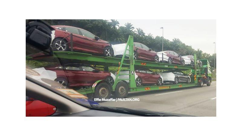 2016 Honda Civic arrives at dealerships in Malaysia