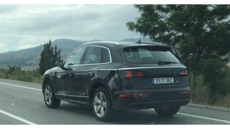 Next generation Audi q5 spotted on test