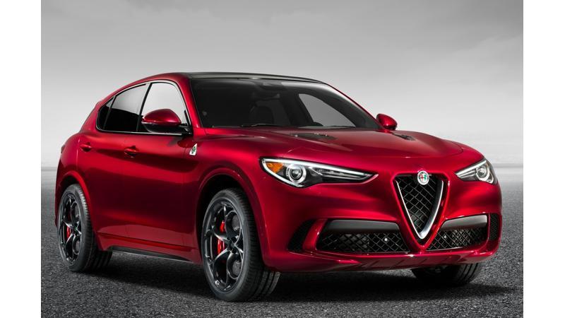 2018 Alfa Romeo Stelvio debuts at Los Angeles