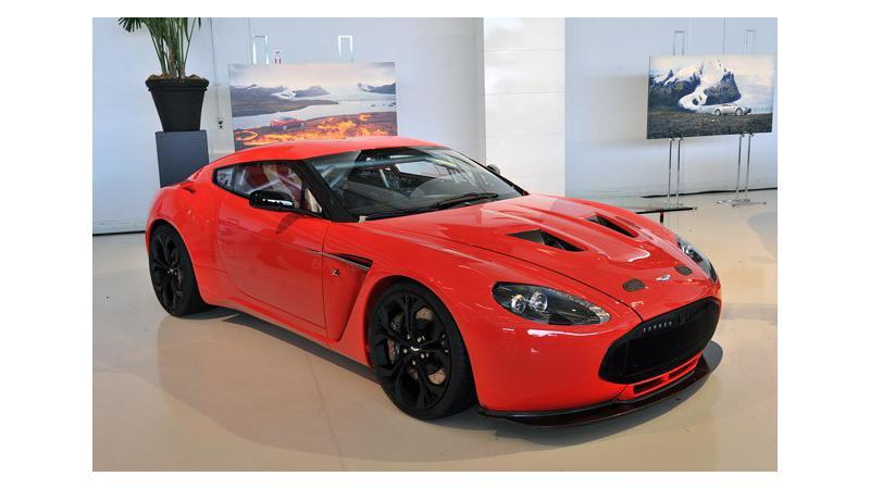 Aston Martin Displays V12 Zagato Model At The Dubai Motor Show Cartrade