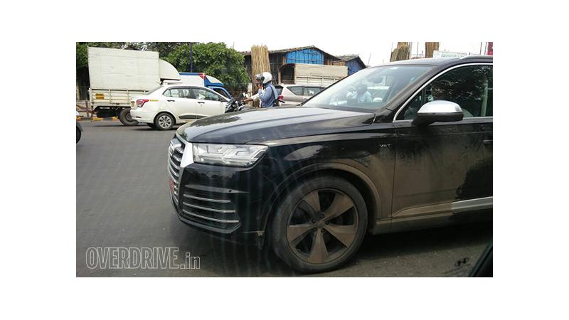 Audi SQ7 spied in India for the first time