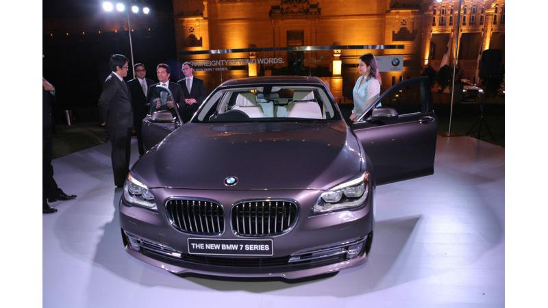 BMW 7 Series facelift unveils in India