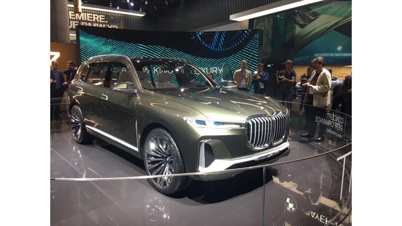 Frankfurt Auto Show 2017: BMW reveals the new X7 iPerformance Concept