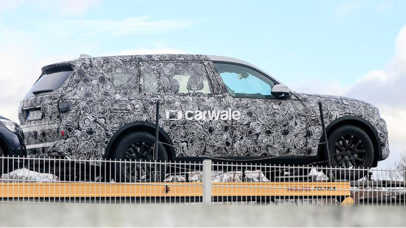 BMW X7 test mules spotted in Europe
