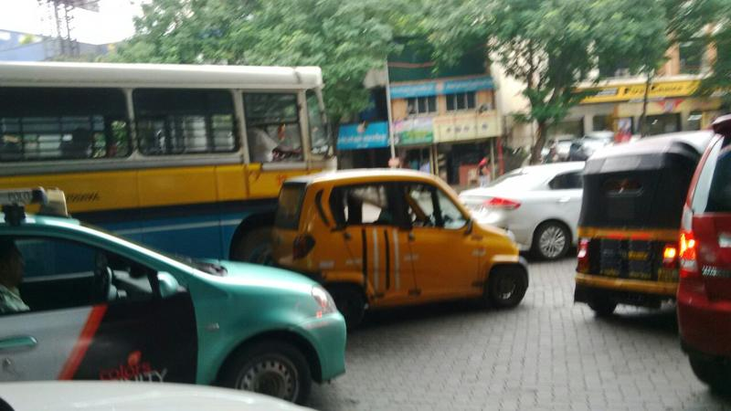 Bajaj RE60 CNG variant spotted on-test in Thane
