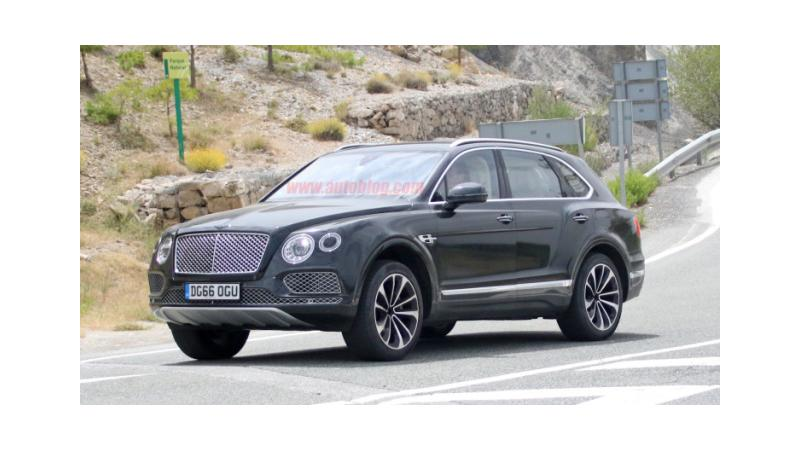 Speculated to be a plug-in hybrid - Bentley Bentayga spotted on test
