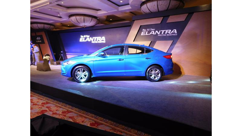 405 bookings for new Hyundai Elantra within 8 days of launch