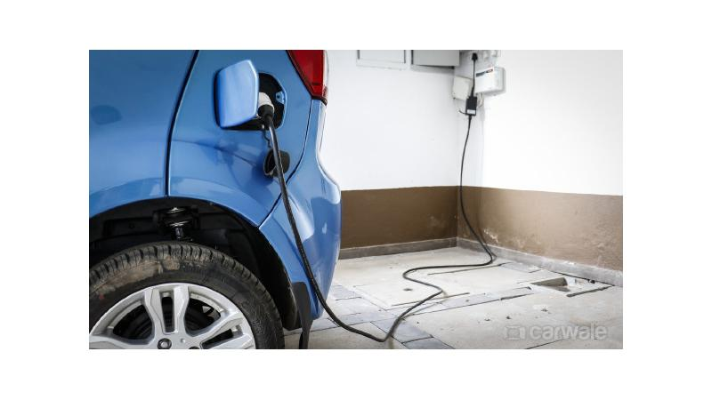 First electric car charging station introduced in Mumbai by Tata Power