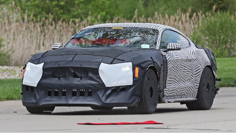 Ford tests their Shelby GT500