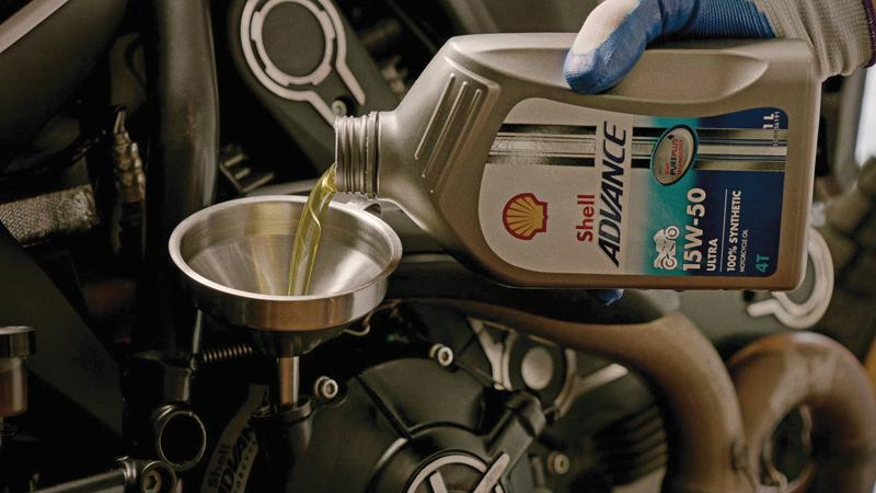 Shell lubricants partners with Hoopy to offer zero-contact doorstep two-wheeler servicing
