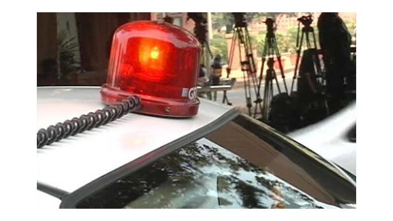 Red beacon on VIP cars banned from May 1