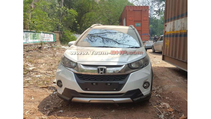 Honda WR-V spied at dealer yard ahead of its launch in March