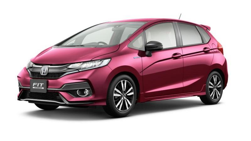 Honda unveils Jazz facelift in Japan