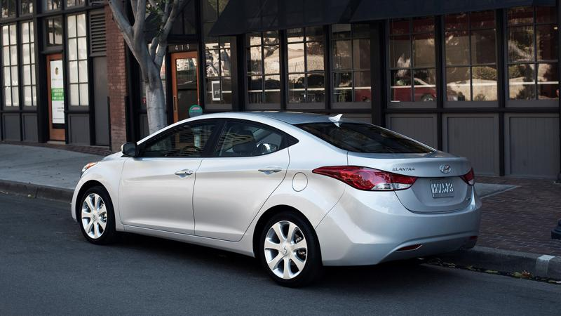 Hyundai in the USA issues a recall for the 2013 Elantra