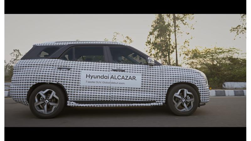 Hyundai Alcazar with castle theme camouflage teased ahead of global debut