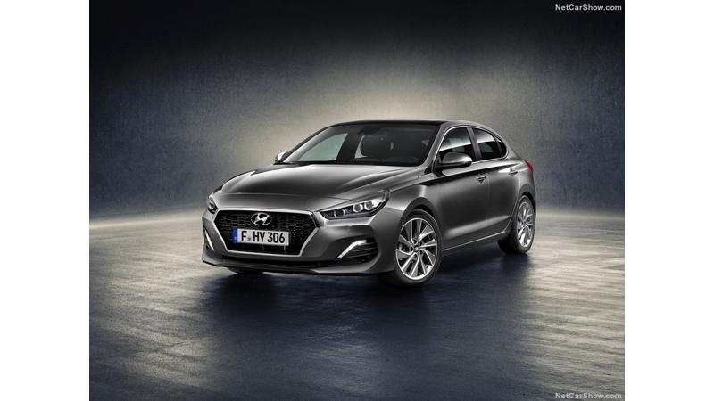 Hyundai i30 Fastback revealed