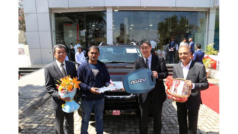 Isuzu extends its partnership with JMD for a new outlet in Pune