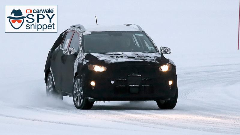 Kia   s new compact crossover Stonic spied