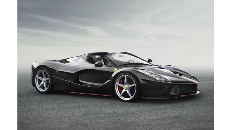Ferrari reveals the 2017 LaFerrari Spider