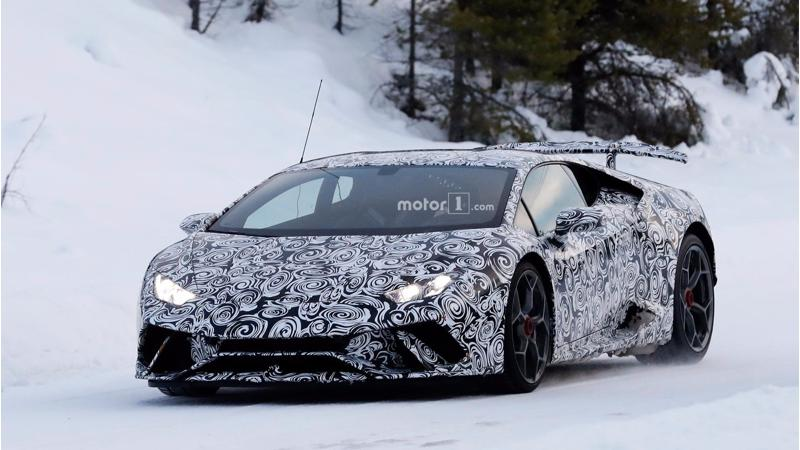 Lamborghini Huracan Superleggera undergoes cold weather testing