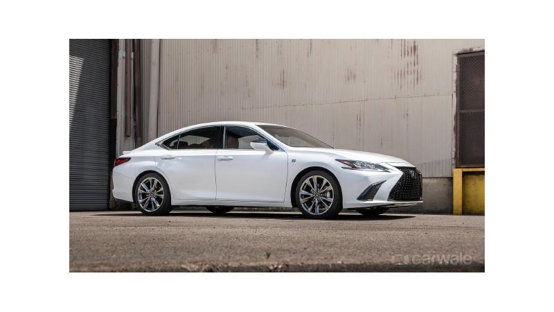 Top 5 features in the new Lexus ES 300h