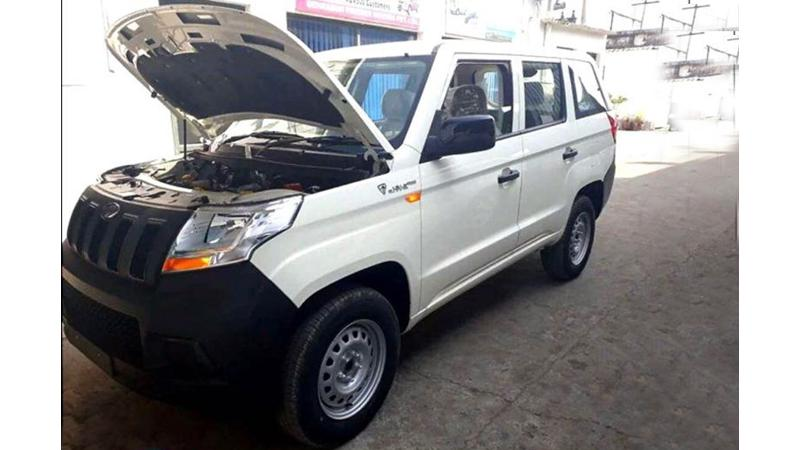 Mahindra TUV300 Plus spotted undisguised
