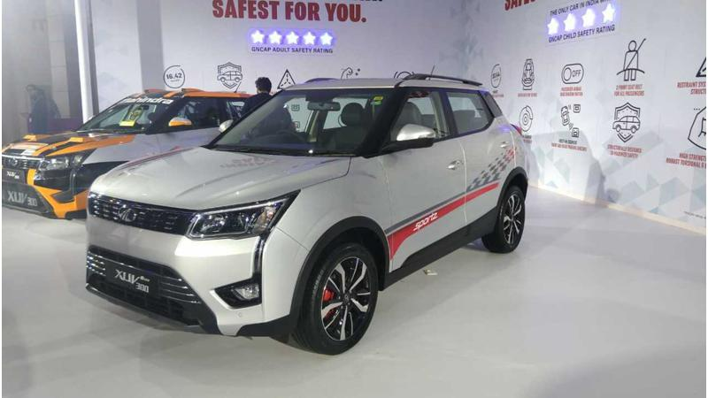 Mahindra XUV300 Sportz variant spied during public road test