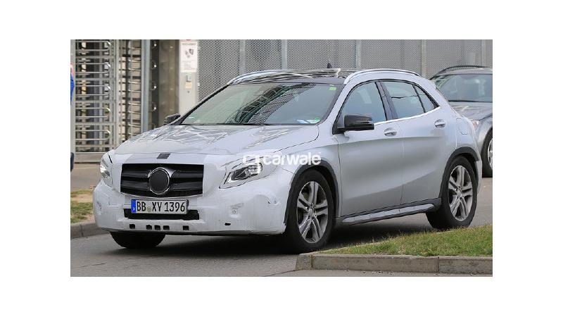 2018 Mercedes-Benz GLA caught on test in Germany