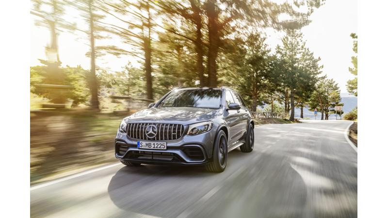 Mercedes-Benz extends its lead in luxury car sales