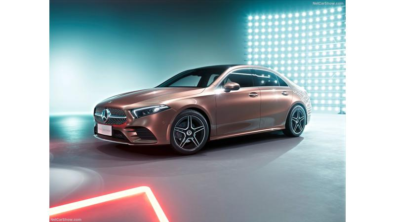 Mercedes A-Class L sedan unveiled for China