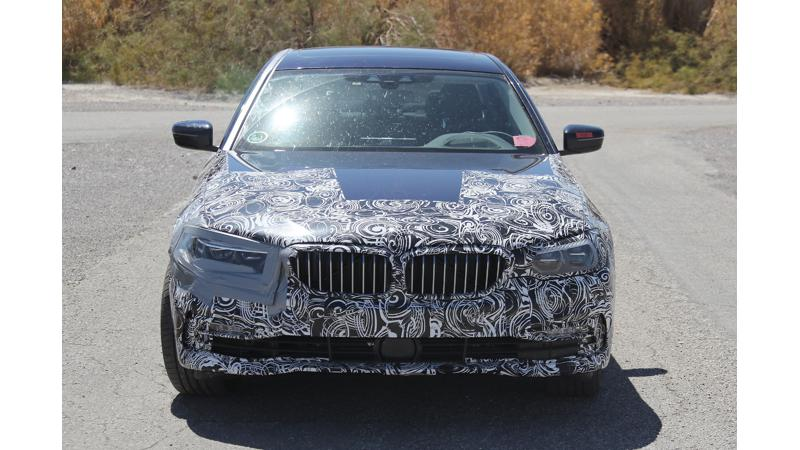 Next-gen BMW 5 Series with plug-in hybrid tech caught testing
