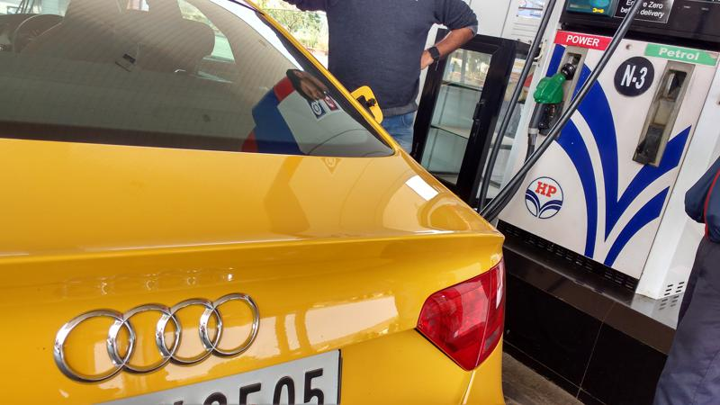 Petrol prices dropped by Re 1 per litre; Diesel by Rs 2 per litre