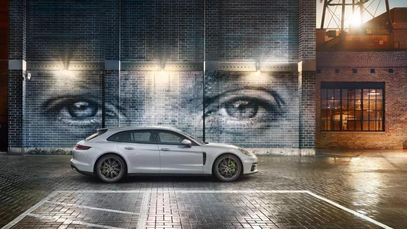 Porsche Panamera Turbo S E-Hybrid prices listed on India website