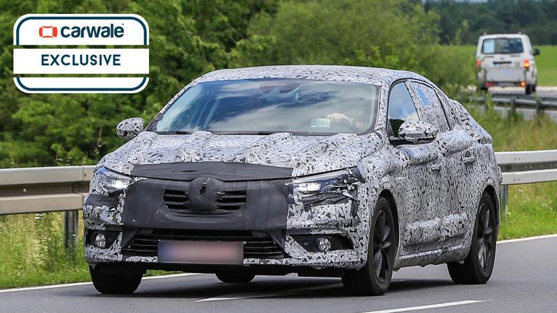 Renault Megane sedan spotted testing