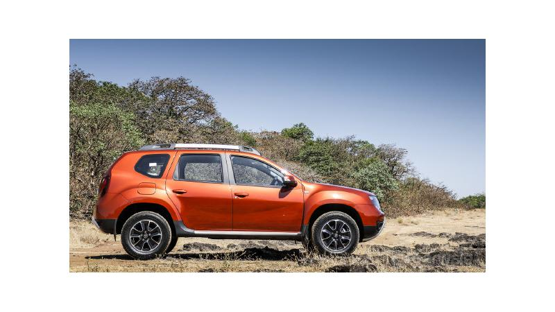 Renault offering benefits of up to Rs 80,000 on the Duster AMT