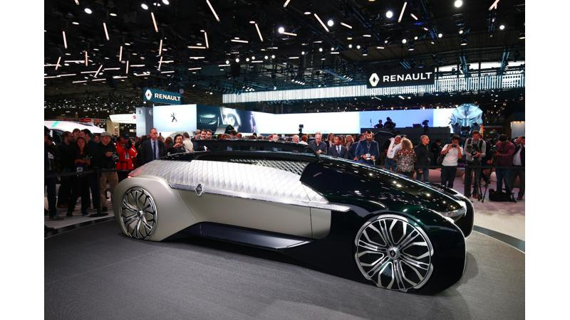 2018 Paris Motor Show - Renault EZ-Ultimo concept showcased