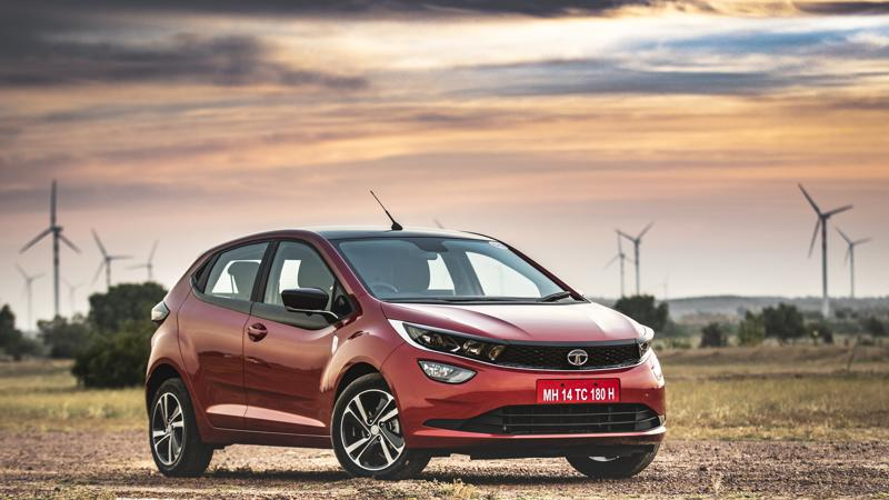 Tata Altroz XM plus variant launched; priced at Rs 6.60 lakh