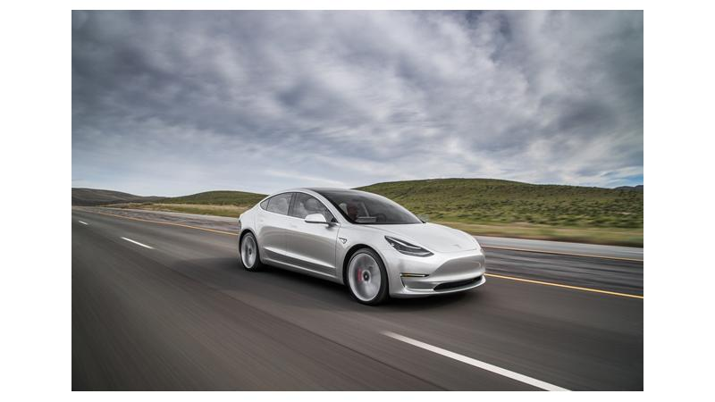 Tesla confirms delivery of the Model 3 by 28 July