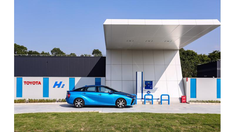Toyota plans to introduce 10 EVs by the early 2020s