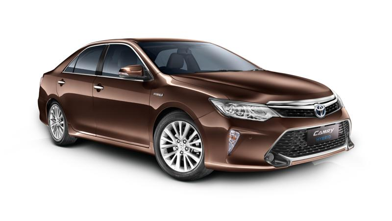 Toyota Camry Hybrid updated for 2017