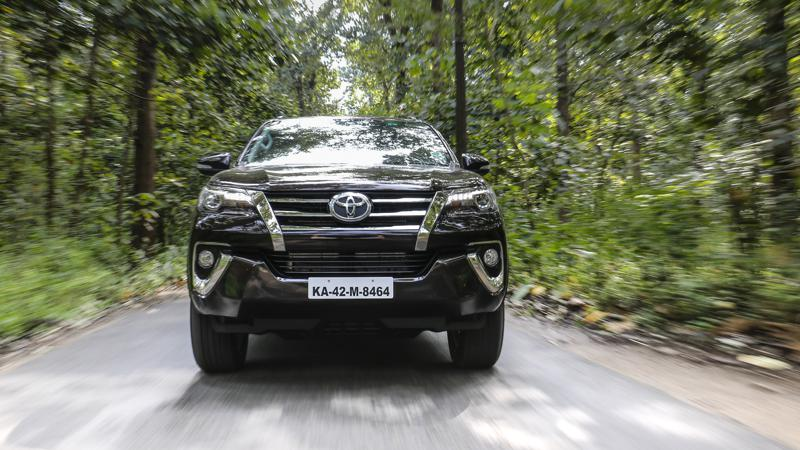 Diesel automatics compared: 2016 Toyota Fortuner AT vs Toyota Innova Crysta AT