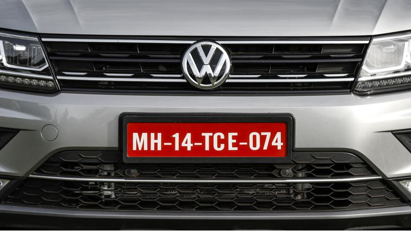 Volkswagen launches Corporate Business Centre and Volkswagen Secure