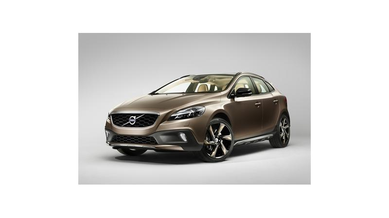 Volvo V40 to take on Mercedes-Benz A-Class soon in India