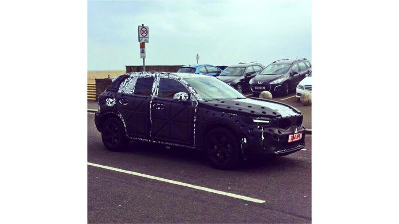 Volvo continues testing XC40